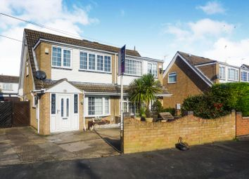 3 bed semi-detached house for sale in Willowdale, Hull HU7
