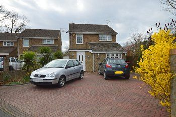 Thumbnail 3 bed detached house to rent in Grattons Drive, Pound Hill, Crawley, West Sussex