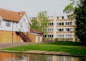 Thumbnail 2 bedroom flat to rent in Pentlands Court, Cambridge