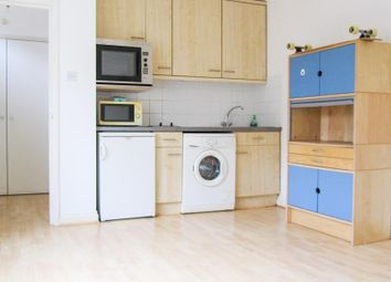 1 bed flat to rent in Cricklewood Lane, Childs Hill, London NW2