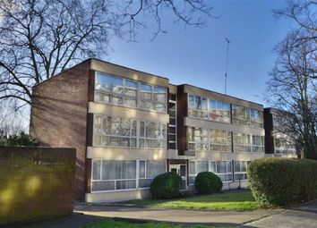 Thumbnail 2 bed flat to rent in Harben Road, London