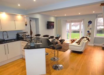 Thumbnail 2 bedroom maisonette for sale in Mumbles Road, Mumbles, Swansea