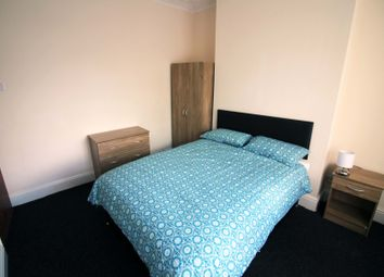 Thumbnail 4 bedroom shared accommodation to rent in Crescent Road, Middlesbrough