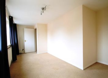 Thumbnail 1 bed flat to rent in Pickford Street, Aldershot