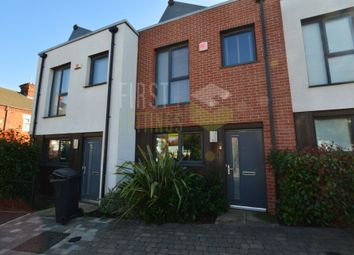 Thumbnail 2 bed town house to rent in Wheatsheaf Way, Leicester