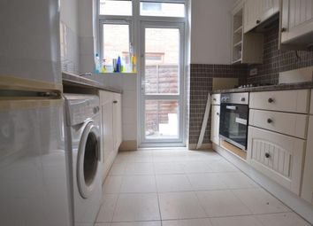 Thumbnail 2 bed flat to rent in Winns Avenue, Walthamstow
