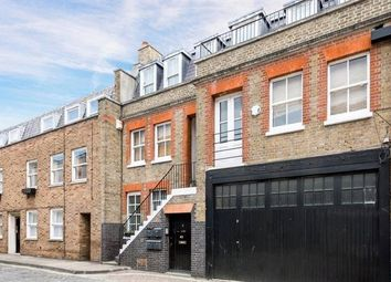 Thumbnail Flat to rent in Flat A, Weymouth Mews, London