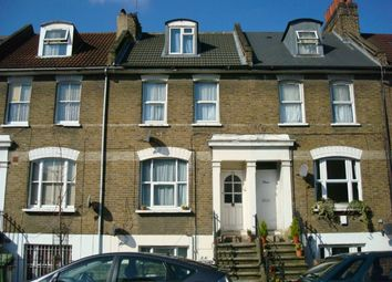 Thumbnail 2 bed flat to rent in Glengall Road, Peckham, London