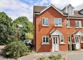 Thumbnail 3 bed town house for sale in Hindmarch Crescent, Hedge End, Southampton, Hampshire