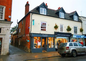 Thumbnail 2 bed flat to rent in High Street, Marlow