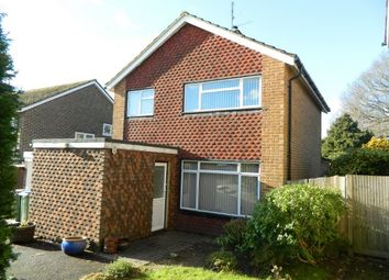 Thumbnail 3 bed property to rent in St. Leonards Road, Horsham