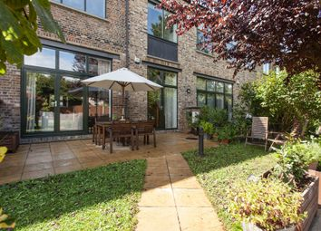 Thumbnail 3 bed mews house for sale in Farriers Mews, Nunhead