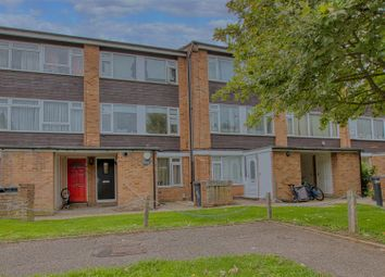 Ashdown Drive, Borehamwood WD6. 2 bed maisonette