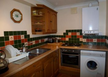 Thumbnail 2 bedroom flat to rent in Kent Road, Southsea