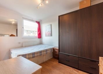 Thumbnail 4 bed flat to rent in Willington Road, Clapham North