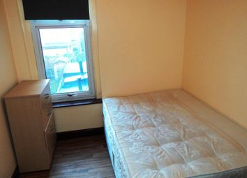 Thumbnail Room to rent in Calderon Road, London, United Kingdom