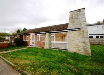 Thumbnail 3 bed bungalow to rent in Reading Road, Finchampstead, Wokingham