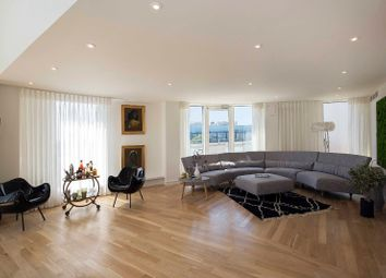 Thumbnail 4 bed flat for sale in Owen Street, Islington, London