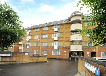 Thumbnail 2 bed flat to rent in Winslet Place, Oxford Road, Reading, Berkshire