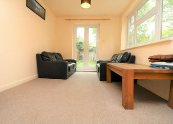Thumbnail 2 bed flat to rent in Falkland Road, London