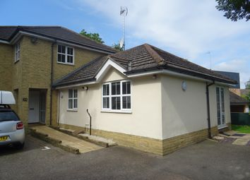 Thumbnail 1 bed flat to rent in Junction Road, Brentwood