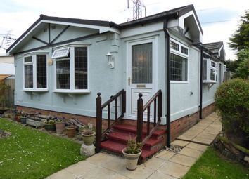Thumbnail 2 bed mobile/park home for sale in Maple Way, Breach Barnes Park (Ref 6218), Waltham Abbey, Essex