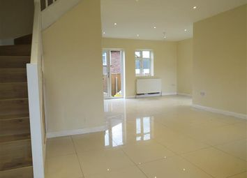 3 bed property to rent in Stuart Crescent, Reigate RH2