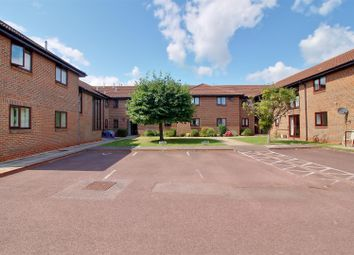 2 bed flat for sale in Orchard Court, Stonehouse GL10