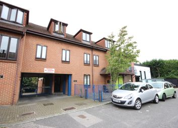 Thumbnail 1 bed flat to rent in Scout Way, Mill Hill