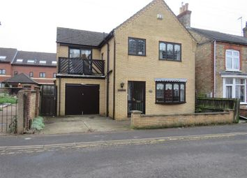 Thumbnail 3 bed detached house to rent in St. Peters Road, Wisbech