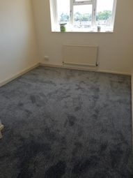 Thumbnail 1 bed flat to rent in Wickhay, Basildon