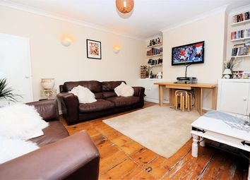 Thumbnail 2 bed flat to rent in Matrimony Place, London