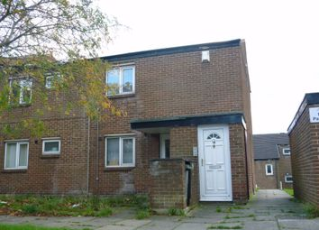 Thumbnail 2 bed flat to rent in Alcester Garth, Bradford