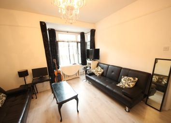 Thumbnail 1 bed flat to rent in College Road, Guildford
