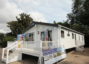 Thumbnail 2 bed bungalow for sale in Valley Farm Holiday Park, Willerby, Clearwater 2016, Holland-On-Sea