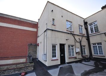Thumbnail 2 bed flat to rent in Broadway, Bexleyheath, Kent
