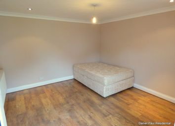 Thumbnail Studio to rent in Oakwood Avenue, Southall, West London