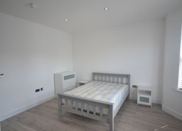 Thumbnail Property to rent in Buxton Road, London