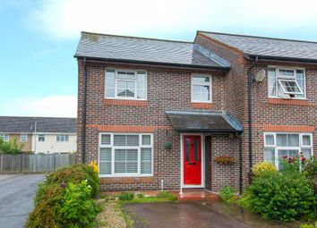Thumbnail 3 bed terraced house for sale in Colonsay, Hemel Hempstead