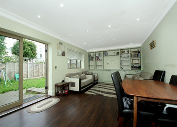 4 bed detached house to rent in Askew Crescent, London W12