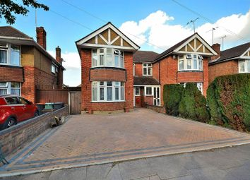 Thumbnail 3 bed semi-detached house for sale in Kingscroft Avenue, Dunstable
