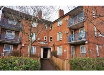 Thumbnail 1 bed flat to rent in Deerhurst Crescent, Cosham, Portsmouth