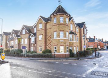 Thumbnail 2 bedroom flat for sale in Sunningdale, Berkshire