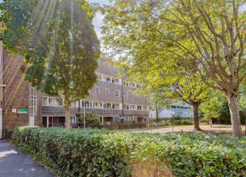 2 bed maisonette for sale in Lennox Road, London N4