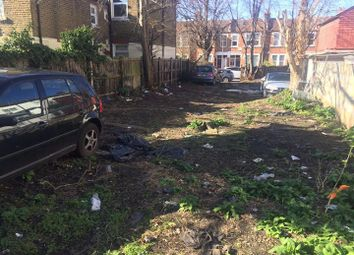 Thumbnail Parking/garage to rent in Brightwell Crescent, Tooting