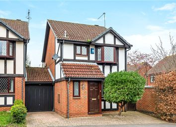 Thumbnail 3 bed link-detached house for sale in Ryves Avenue, Yateley, Hampshire