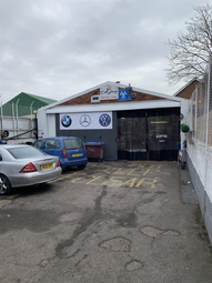 Thumbnail Commercial property for sale in Tudor Road, Luton