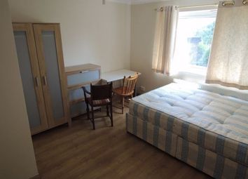 3 bed flat to rent in Laing Road, Colchester CO4