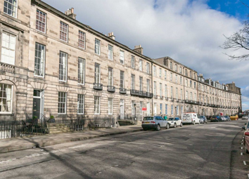 Thumbnail 2 bed flat to rent in Abercromby Place, New Town, 6Lb