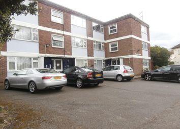 Thumbnail Studio to rent in Chestnut Row, Finchley N3,